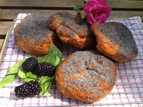 My Delicious Blackberry and Basil Homemade Bagels