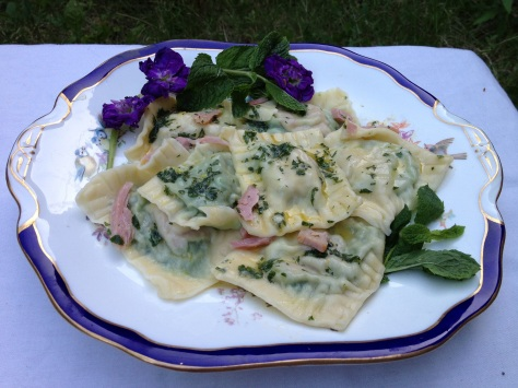 Ta Da... Beautiful Mint Pea and Ham Ravioli