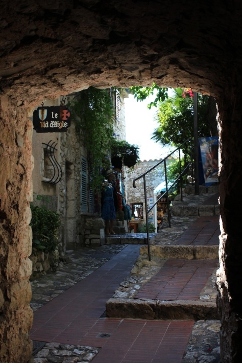 Exploring The Streets of Eze