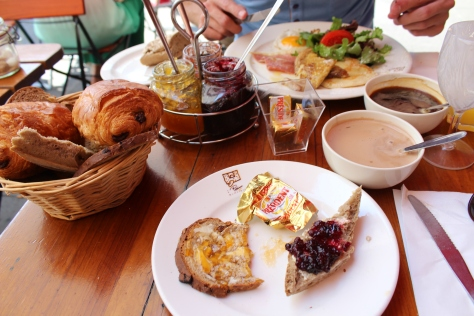 Finish Your Trip To The Market With A Breakfast in Le Coin Quotidien