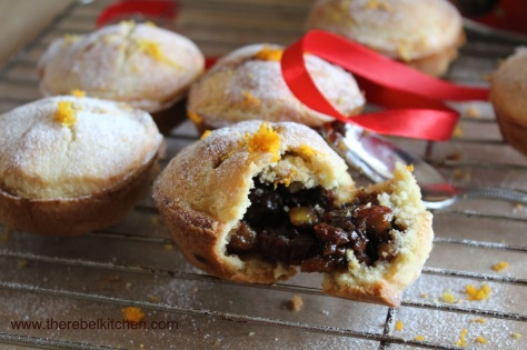 Dig In To These Beautiful Mince Pies