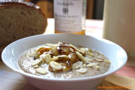 Banana Bread Porridge, Seducing You With Every Glance