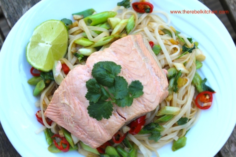 Zingy Poached Salmon And Rice Noodle Salad